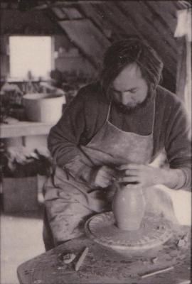 making Preston Bicentennial pottery -- frame 17