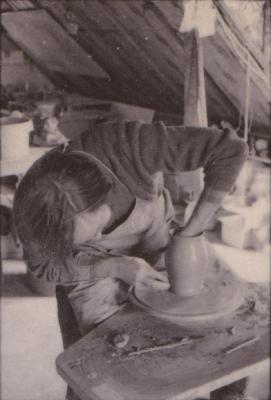 making Preston Bicentennial pottery -- frame 15