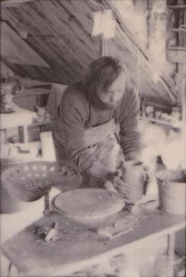 making Preston Bicentennial pottery -- frame 21