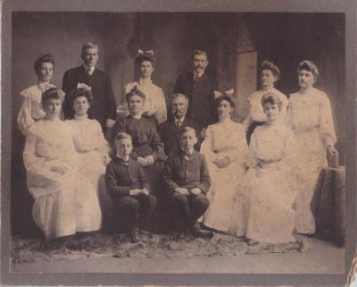 Henry A & Lucy E. Richmond family portrait