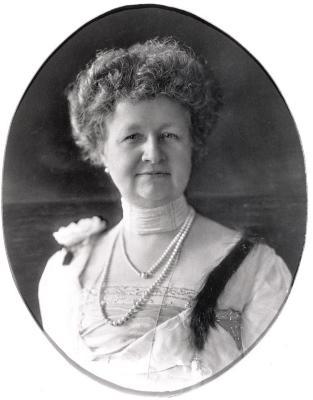 Annie B. Jennings portrait
