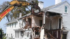 Videos of the demolition of The General's Residence