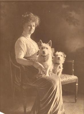 Annie B. Jennings, portrait with dogs