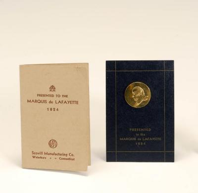 Button with Card, Commemorative George Washington