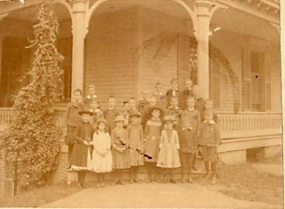 Hillside Avenue School, Hillside and Central Avenue, Waterbury