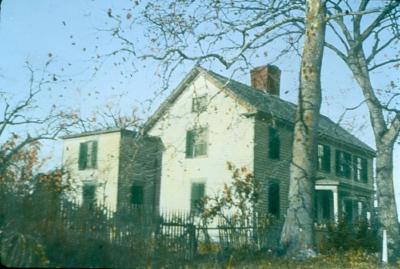 MOW_166_Gold Selleck Silliman House, Jennings Road (800x537).jpg