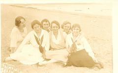 Fairfield Beach Girls