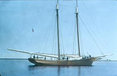 MOW_121_Jennings' Yacht